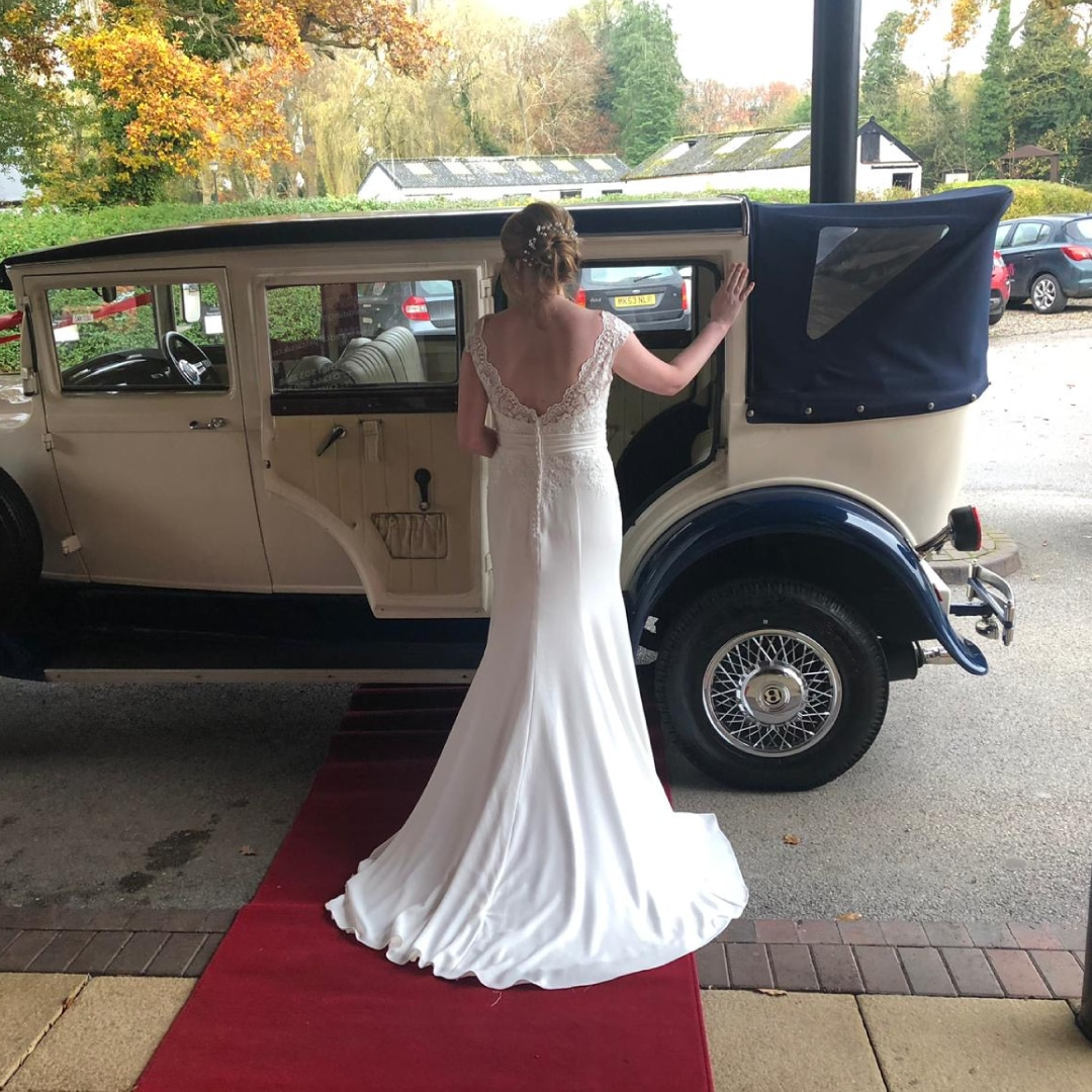 Red Carpet Cars | Luxury Wedding Cars | Bramwith and Bride